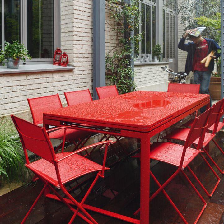 Biarritz uttrekkbart bord bl mann m bler - Table fermob castorama ...